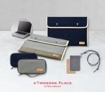 CJ푸드빌의 디저트 카페 투썸플레이스가 패션 브랜드 로우로우와 협업한 랩탑 파우치 등 한정판 MD 상품 3종을 출시한다