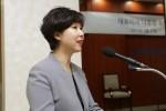 코스모코스는 27일 인천공장에서 신임 나유정 대표이사 사장의 취임식을 개최했다