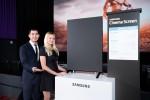 삼성전자가 27일 미국 라스베이거스에 위치한 씨네마크 극장에서 세계 최초로 극장전용 LED 스크린인 삼성 시네마 스크린을 공개하는 시사회를 열었다