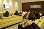 대전 둔산동 엠제이 피부과가 MJ여드름 이별공식 강의를 하고 있다