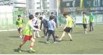 토요일 지역아동센터 아동들과 풋살경기를 하는 사회복무요원