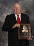AGCO의 로버트 라틀리프가 2014년 미국중장비협회 명예의 전당에 선정되었다