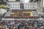 서울문화재단이 9월 열리는 제4회 서울국제생활예술오케스트라축제의 주역이 될 서울국제생활예술오케스트라 연주단원 60여명을 모집한다. 사진은 2016년 모두를 위한 오케스트라 참여단체 공연