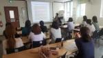 삼전종합사회복지관이 초등학교 자녀를 둔 주부들을 대상으로 융합독서강의 열고 있다