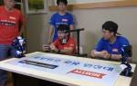 인기 BJ 보겸이 로보위즈 로봇 원정대원이 되어 초등학생과 로봇 배틀을 펼치고 있다