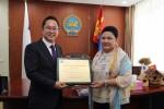 에코파트너즈 전춘식 회장이 몽골 환견관광부 장관으로부터 감사패를 수여받았다