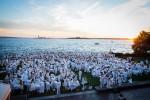 순백의 만찬으로 유명한 디네 앙 블랑 부산이 8일부터 3단계 참가 등록을 시작한다