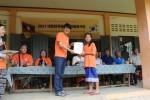 라오스 해외봉사단 파견 간 후원물품을 전달하는 희망사과나무 후원 협력기관