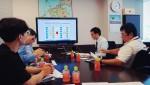동명대 재학생 2명이 23일 한일 공동 프로젝트를 수행했다. 사진은 일본 후쿠오카의 큐슈경제조사센터와 히가시하마 물류센터에 방문한 동명대 재학생들