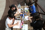 제2회 백일장 사생대회 참가자 학생들이 국립평창청소년수련원에서 글과 그림을 그리고 있다.