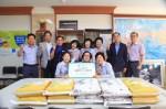 동명대 신승수 교수는 추석 명절 연휴를 보름여 앞둔 13일 교내 환경미화원들에게 쌀 100Kg를 전달했다
