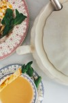링크트레이드가 최근 스페인 명품 테이블웨어 브랜드 '까르투하'를 론칭했다. 사진은 까르투하 행운의 그릇 Flor Lis 시리즈