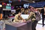던킨도너츠가 10월 20일 오후 5시 홍대점에서 엑스트롱 커피 모델로 활동 중인 인기 래퍼 비와이와의 팬미팅을 진행했다