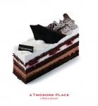 투썸플레이스가 브랜드 론칭 15주년을 맞아 케이크 5종을 출시했다