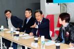 중소벤처기업부 최수규 차관이 26일 서울 용산 디지털 대장간에서 메이커 관계자들과 메이커운동 확산을 위한 간담회를 개최하였다