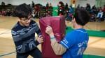 국립중앙청소년수련원 2017년 취약계층청소년캠프에 참가한 청소년이 명랑 운동회 프로그램을 하고 있다