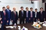 조환익 한국전력 사장은 지난 11월 7일 서울 프라자호텔에서 갈루쉬카 알렉산드르 러시아 극동개발부 장관을 만나 한-러 전력망 연계사업의 적극적인 추진을 위해 앞으로 상호 협력하기로 합의하였다