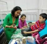 옥타파마가 네팔에서 인간 세포주 유래 재조합 인자 VIII 생산물 누윅 기증