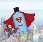 LG생활건강이 수많은 매니아층에게 오랫동안 사랑받고 있는 슈퍼맨 디자인을 적용한 보닌 얼티밋 아쿠아 파이터 X 슈퍼맨 콜라보레이션 제품을 출시했다
