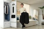 LG전자가 내부 공간을 40% 넓힌 트롬 스타일러 플러스 신제품을 출시했다