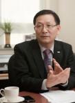 건국대 김진기 대외협력처장이 16일 겨레어문학회 전국학술대회에서 겨레어문학회장에 취임했다