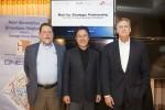 SK텔레콤이 싱클레어 방송 그룹과 북미 방송산업의 혁신을 주도할 차세대 ATSC3.0 방송 플랫폼을 공동 개발한다. 왼쪽부터 싱클레어 방송 그룹 Mark Aitken 부사장(VP, Advanced Technology), SK텔레콤 박정호 사장, 싱클레어 방송 그룹 자회사 원미디어의 Kevin Gage(EVP, CTO of ONE Media LLC)