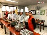 한국음식문화원이 사회복지법인 네트워크 무료 급식소에서 음식 나눔 행사를 가졌다