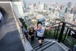반얀트리 방콕이 마천루를 정복하며 자선단체의 기부금을 마련하는 수직 마라톤 대회를 연다