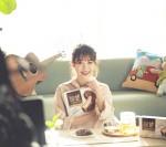 롯데제과 몽쉘 모델로 발탁된 가수 아이유