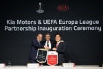 기아차 UEFA 유로파 리그 후원 조인식 진행