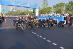 제26회 서울국제휠체어마라톤대회 풀코스에 도전하는 선수들이 힘차게 출발하고 있다