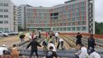 코리아텍 생활관 자치회 및 디딤지기 학생 등은 16일 오후 교내 나우리 행복텃밭에 지역 소외계층 기증을 위해 고구마 모종 1000포기를 심었다