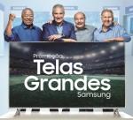브라질 축구 영웅들이 삼성 UHD TV를 배경으로 기념 촬영을 하고 있다. 왼쪽부터 브라질 축구 영웅 자이르지뉴, 치치(현 국가대표감독), 히벨리누, 지쿠