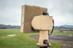 플리어 레인저 R8SS-3D 드론 탐지 레이더는 500개 이상의 위협과 그 정확한 위치를 동시에 탐지할 수 있다