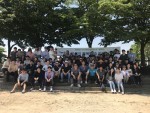 전직원이 참여한 가운데 에코숲 가꾸기 행사를 연 리레코 코리아
