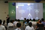발표중인 XMAX의 CEO Hughes Ching