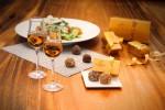 레이디스나잇 프로모션에 나오는 포트 와인과 고디바 트뤼프 초콜릿