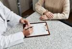 피부과전문의와의 충분한 상담을 통해 가족사랑을 실천하는 시술 계획을 세울 수 있다