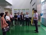 박철수 농정원 원장을 포함한 상임이사, 비상임이사 등 22명이 전북농식품인력개발원에서 스마트팜, ICT 기술 등과 관련된 설명을 듣고 있다