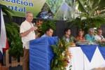 돌 프레시 프룻 사장 레나토 아쿠냐가 돌의 환경 지속 가능성 인증 기념행사에서 연설하고 있다