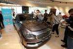 기아자동차가 브랜드 체험관 비트360에서 초보·예비 오너로 구성된 고객 30명을 초청해 차량에 대한 전반적인 지식을 전달하는 '알쓸신차' 이벤트를 진행했다.