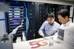 SK텔레콤이 분당사옥 5G테스트베드에서 삼성전자 5G NSA 교환기와 노키아·에릭슨 5G 기지국 연동에 성공했다고 밝혔다
