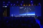 SAP 테크에드에서 비요른 게르케 SAP 클라우드 플랫폼 부문 사장 겸 CTO가 기조연설을 하고 있다