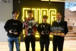사진 왼쪽부터 Team PAPA의 김봉상, 구교민, 심영훈 선수가 PGI 채리티 쇼다운 우승 상금 45만달러를 대한소방공제회에 전달했다