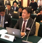 중국 우시에서 열린 ITU-T SG20 회의참석 중인 에스씨이 손학 이사