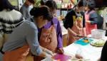 지역아동센터 아이들이 자립요리프로그램을 진행하고 있다