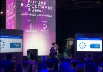 FUTURE BLOCKCHAIN SUMMIT에서 실 사용이 가능한 혁신적인 블록체인 기술로서 로커스체인을 소개하고 있는 문영배 소장