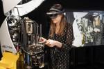 AR/VR 기술을 통한 자동재단기 Vector의 커팅헤드 보수 시연
