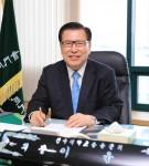 이윤보 총동문회장