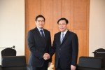 Hyosung Chairman Cho Hyun-Joon met with Vietnam's Deputy Prime Minister Vuong Dinh Hue on June 19 during the latter's visit to Seoul, and they promised to strengthen their cooperation